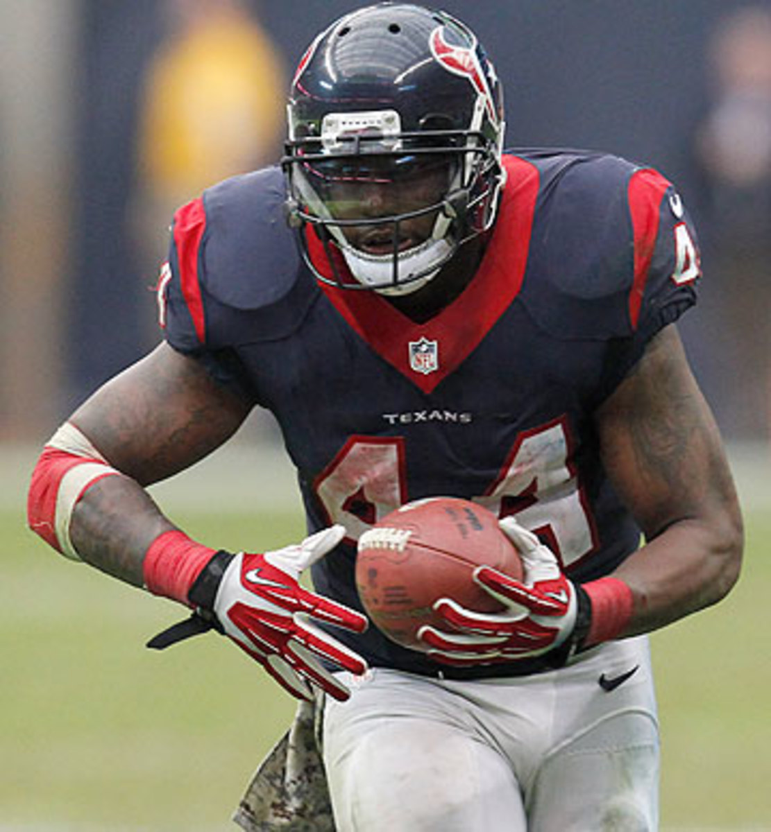 With only 421 career carries, Ben Tate was more desirable than more experienced backs on the free-agent market. (Thomas B. Shea/Getty Images)