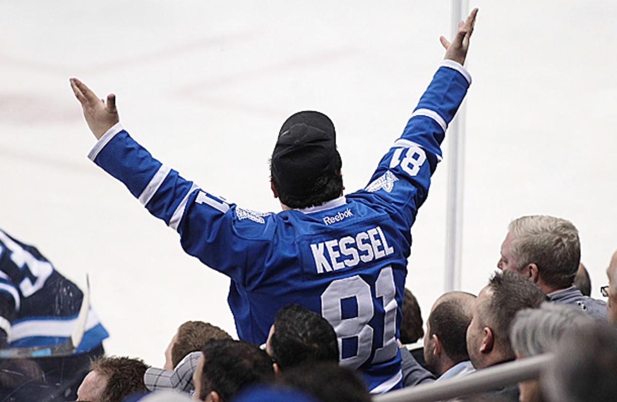 Toronto Maple Leafs fan rants at the ref.