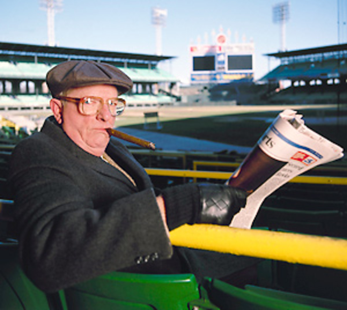 Bill Gleason was the cantankerous reporter you'd see buttonholing a coach after a game.