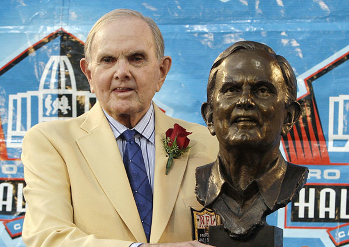 Buffalo Bills fans tailgated at Ralph Wilson Stadium Sunday to honor their longtime owner