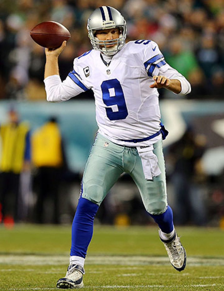 Tony Romo is trying to lead Dallas to its first playoff berth since 2009. (Elsa/Getty Images)