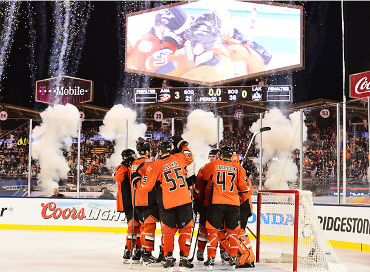 The red-hot Ducks shutout the Kings in the first outdoor game ever played at Dodger Stadium. (Robert Beck/SI)