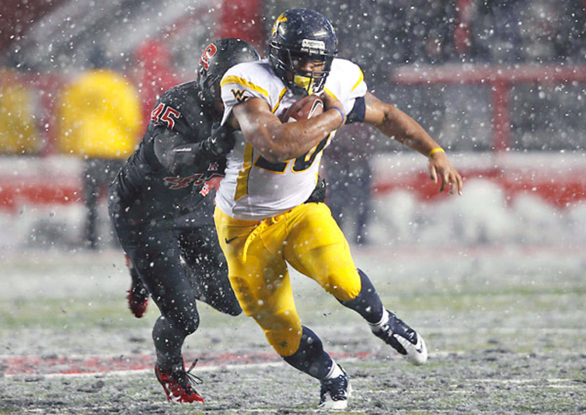 Shawne Alston played running back at West Virginia from 2009-12, racking up 1,068 yards and 19 touchdowns.