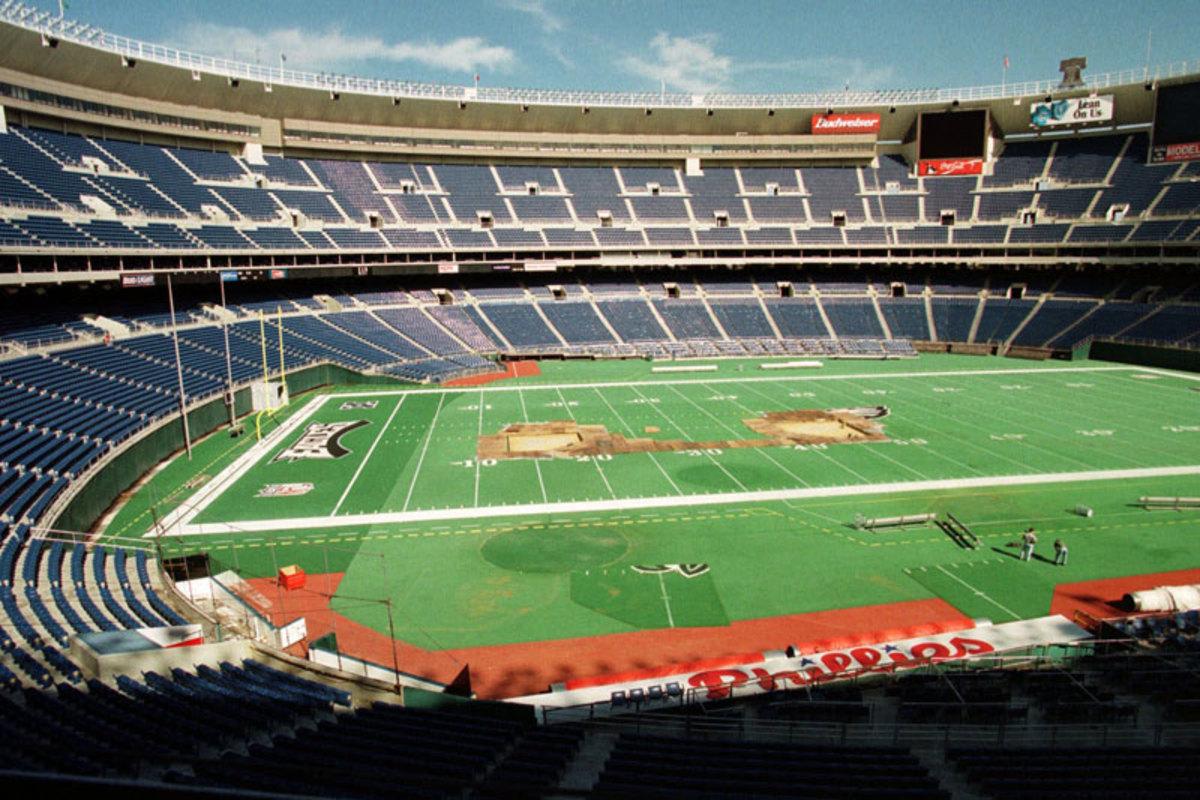 turf-veterans-stadium-turf-work-1998.jpg