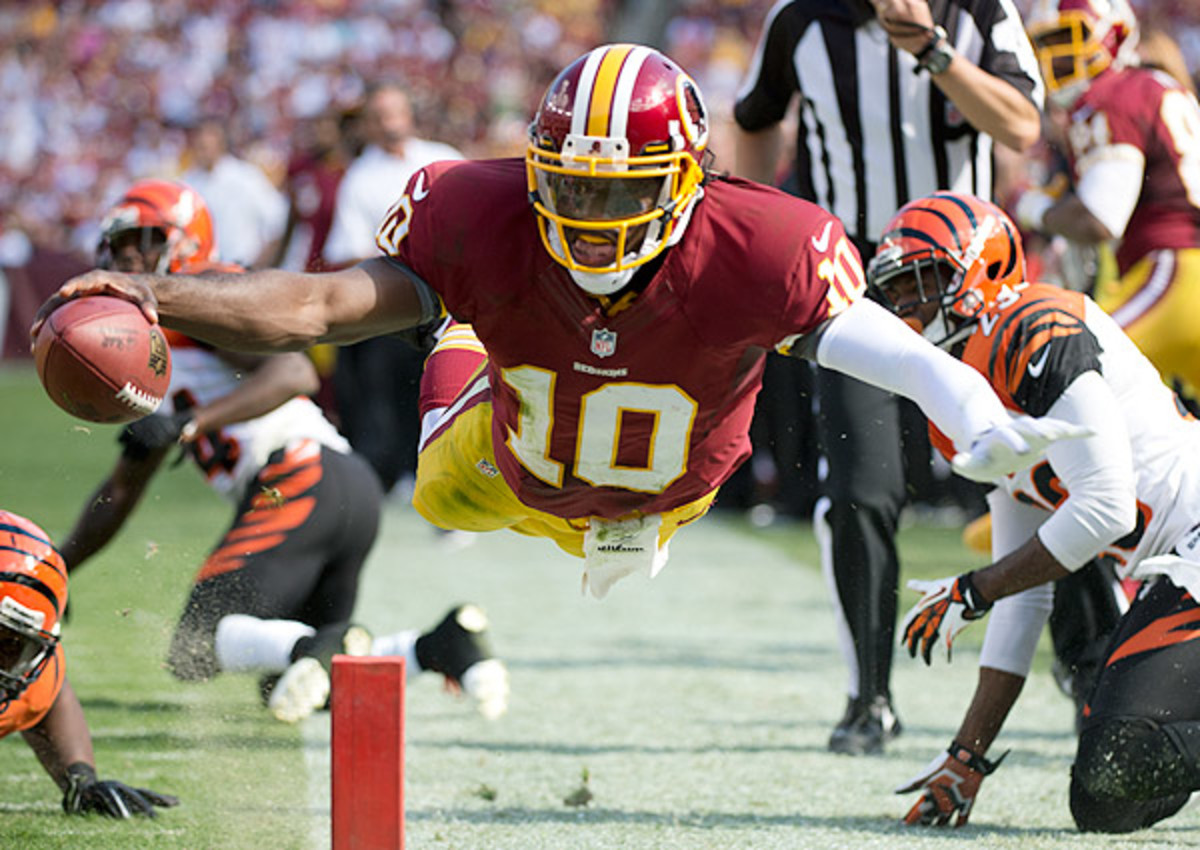 Robert Griffin III 'looks like a different QB' for Washington Redskins