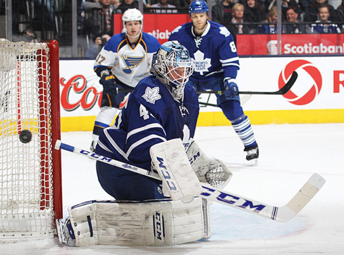 Toronto Maple Leafs goalie Jonathan Bernier vs. St. Louis Blues