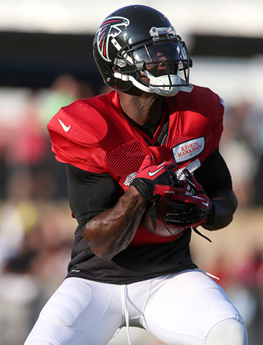 Devin Hester's next kick or punt return for a touchdown will break the all-time NFL record. (Jason Getz/AP)