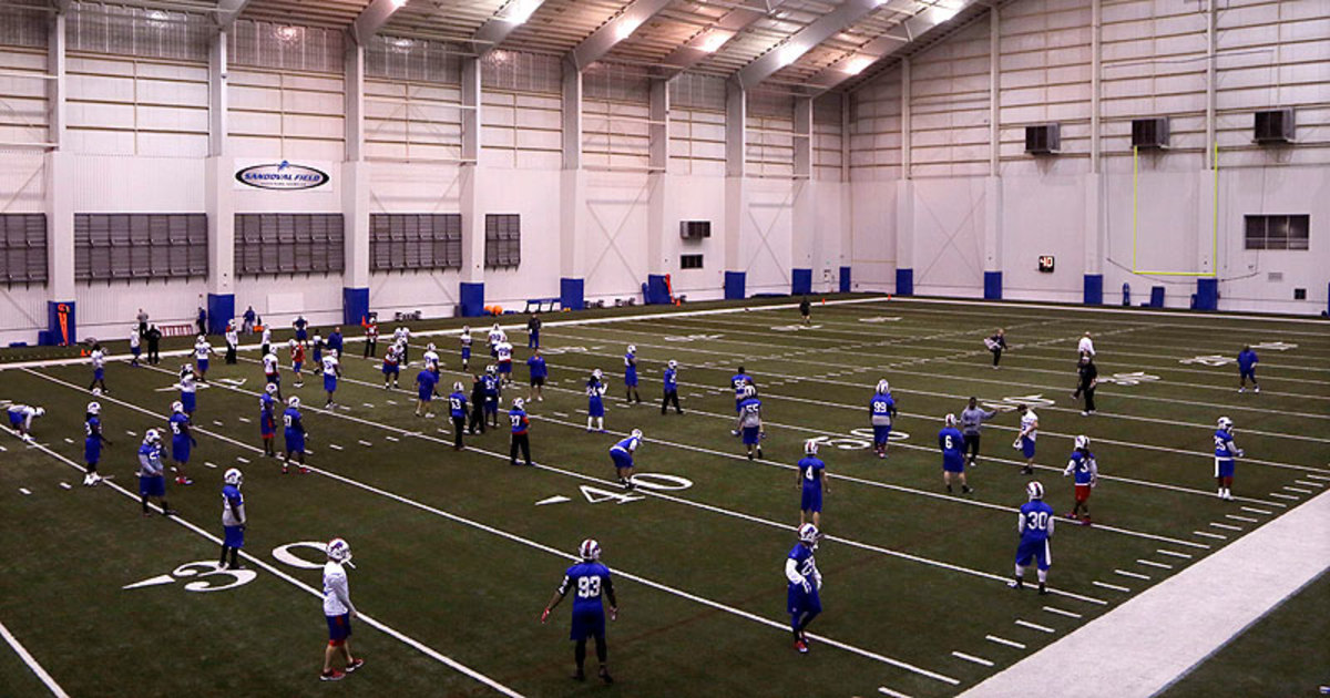 The Bills arrived in Detroit on Friday afternoon and practiced at the Lions facility that evening. (Carlos Osorio/AP)