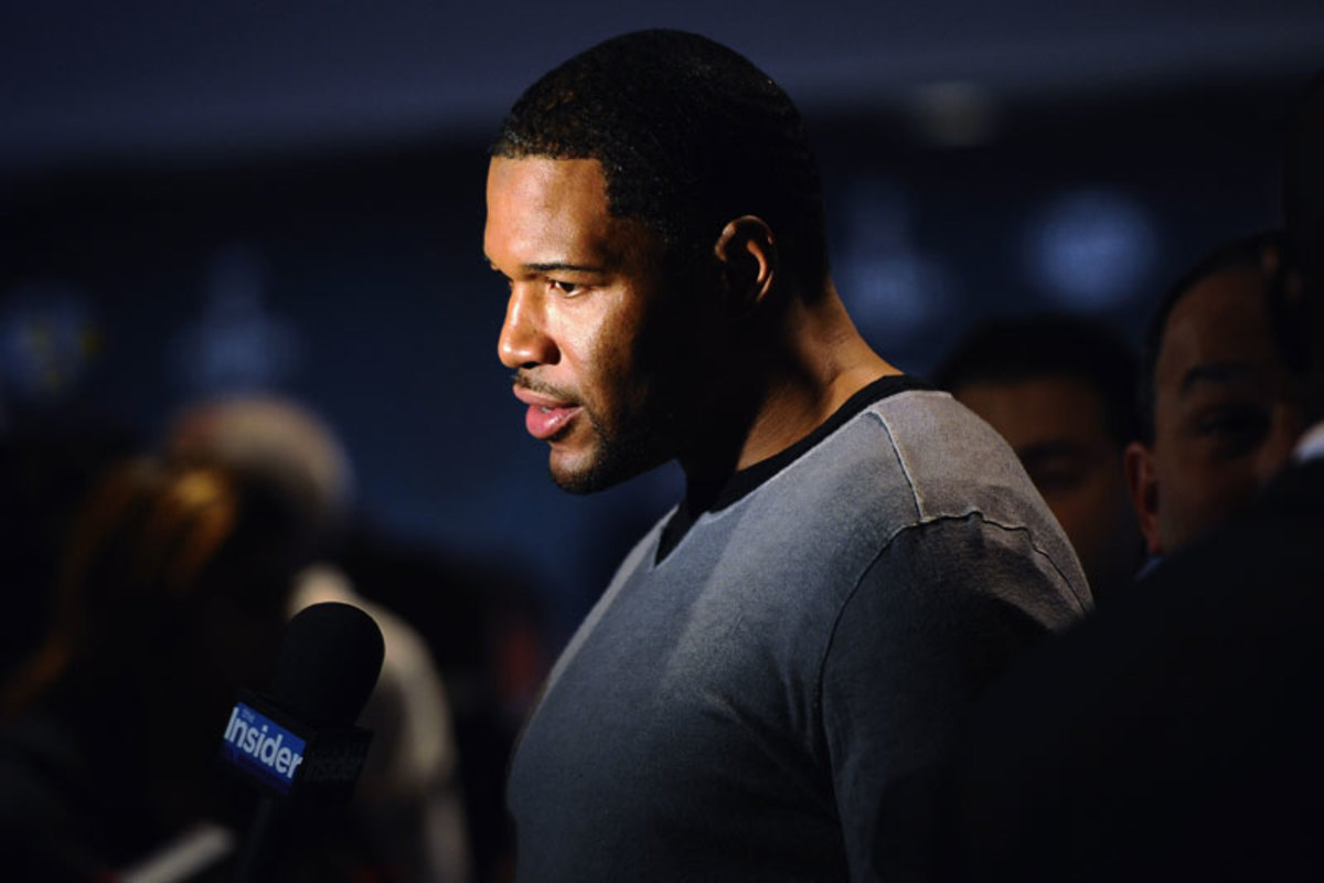 According to one voter, Michael Strahan had more support among the experts he polled during the 2013 process, but in the room the argument for Warren Sapp won over the voters. Strahan is among the final 15 again this year. (Maddie Meyer/Getty Images)