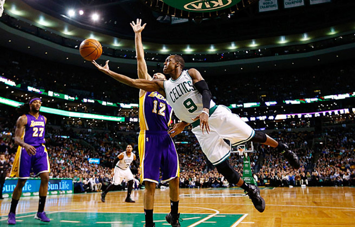 Rajon Rondo scored eight points and handed out four assists in 19 minutes in his season debut.