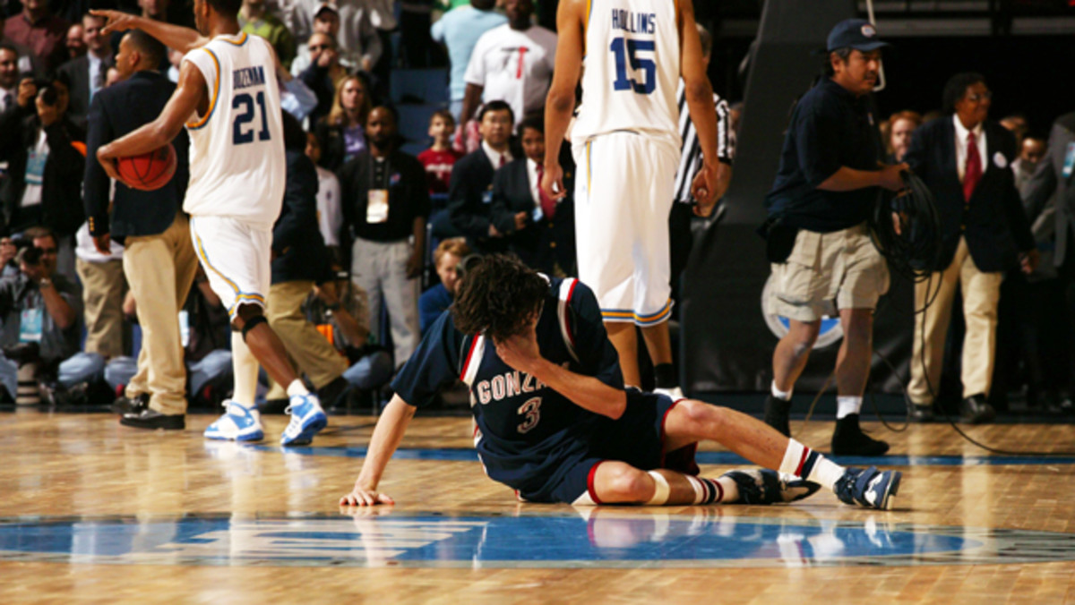 adam morrison gonzaga crying
