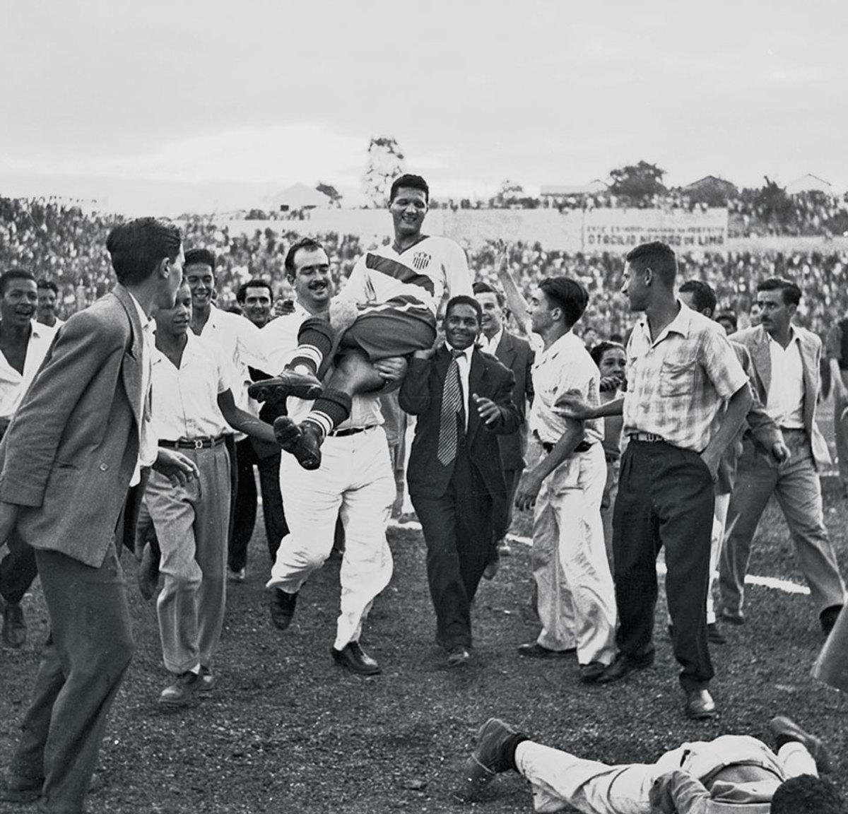 1950-World-Cup-US-England-Joe-Gaetjens.jpg