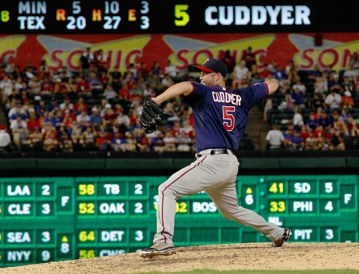 Michael-Cuddyer-pitching.jpg