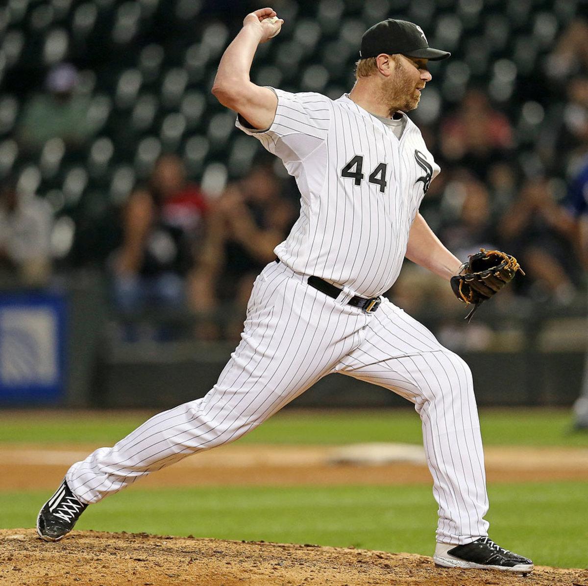 Adam-Dunn-pitching.jpg