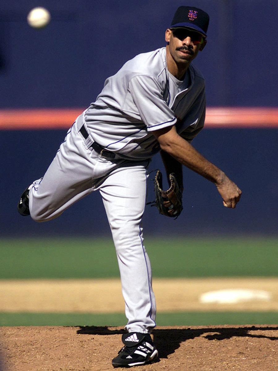 Derek-Bell-pitching.jpg