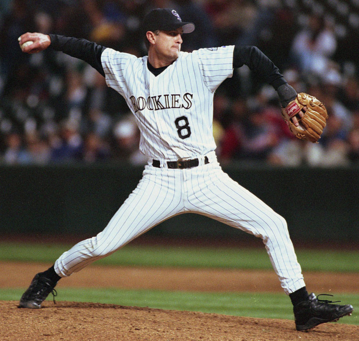 Brent-Mayne-pitching.jpg