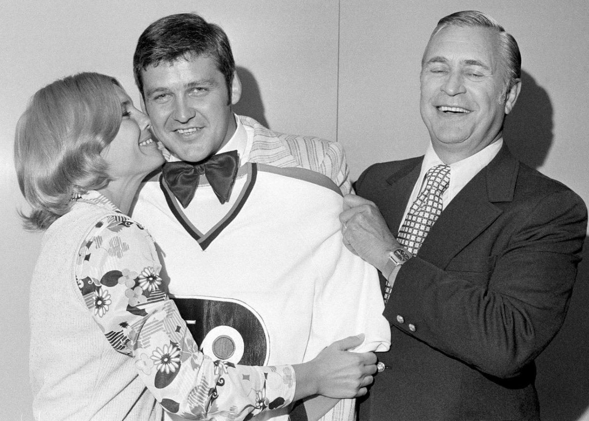 1973-Bernie-Parent-wife-Carol-Flyers-GM-Keith-Allen.jpg