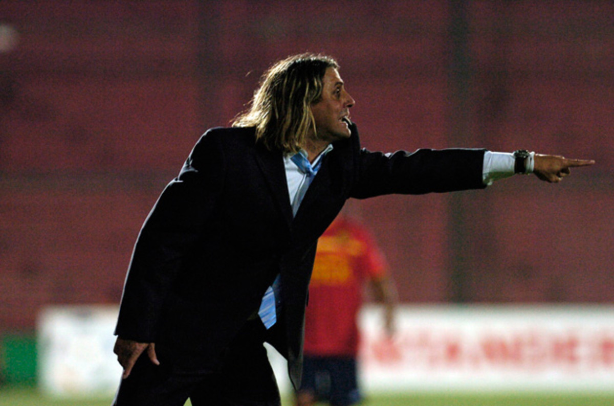 Angel Guillermo Hoyos, now the coach of NASL's Jacksonville Armada FC, coached Lionel Messi at Barcelona B.