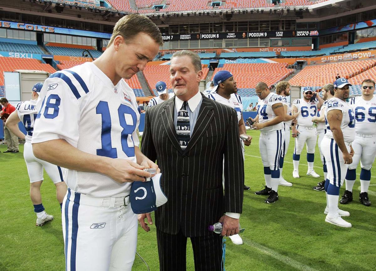 2007-Peyton-Manning-Jim-Irsay.jpg