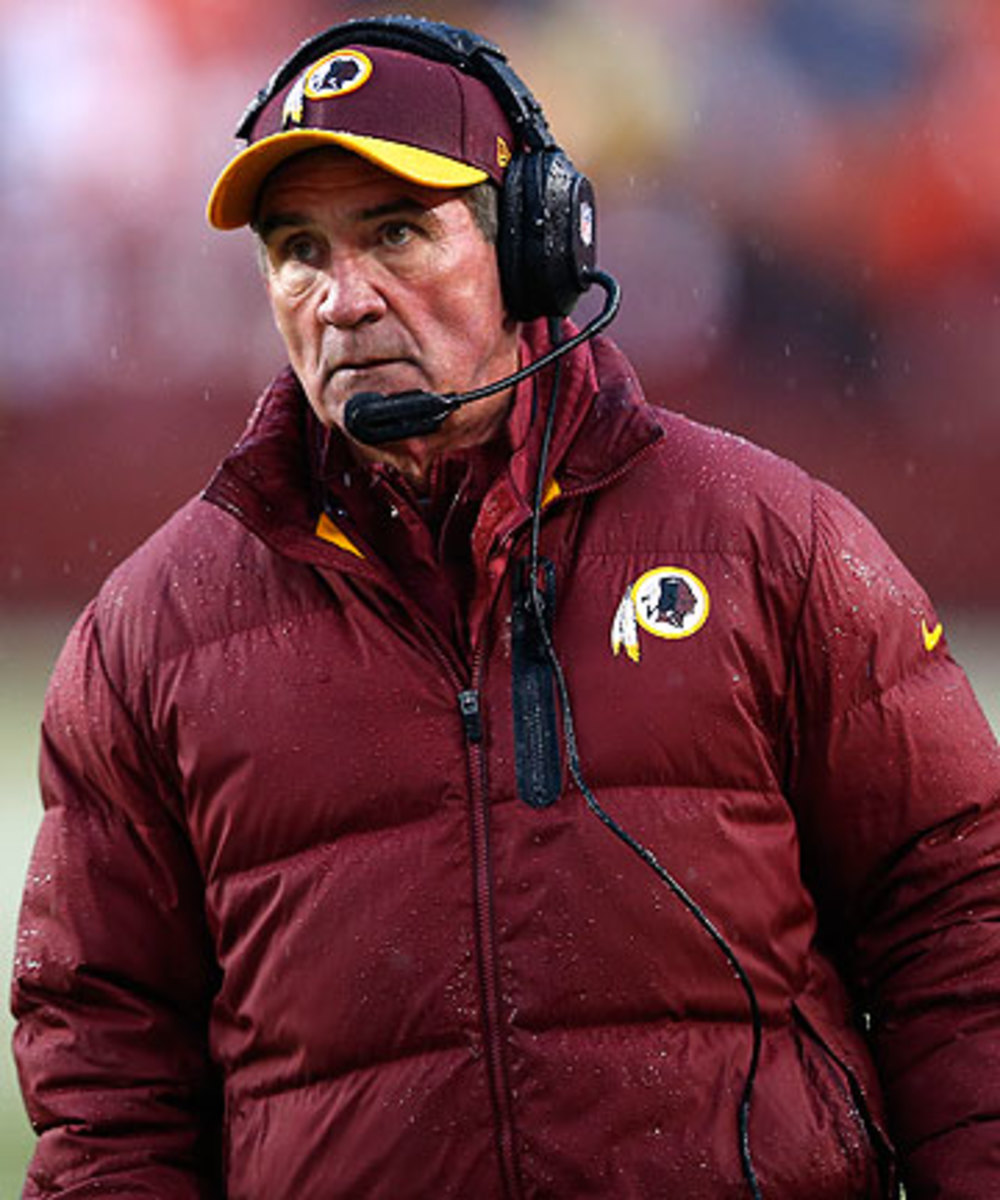 Mike Shanahan was out of football in 2014 after being fired by the Redskins after the 2013 season. (Evan Vucci/AP)