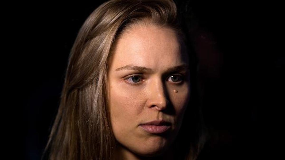 Ronda Rousey after upset loss to Holly Holm: 'I'll be back'--IMAGE