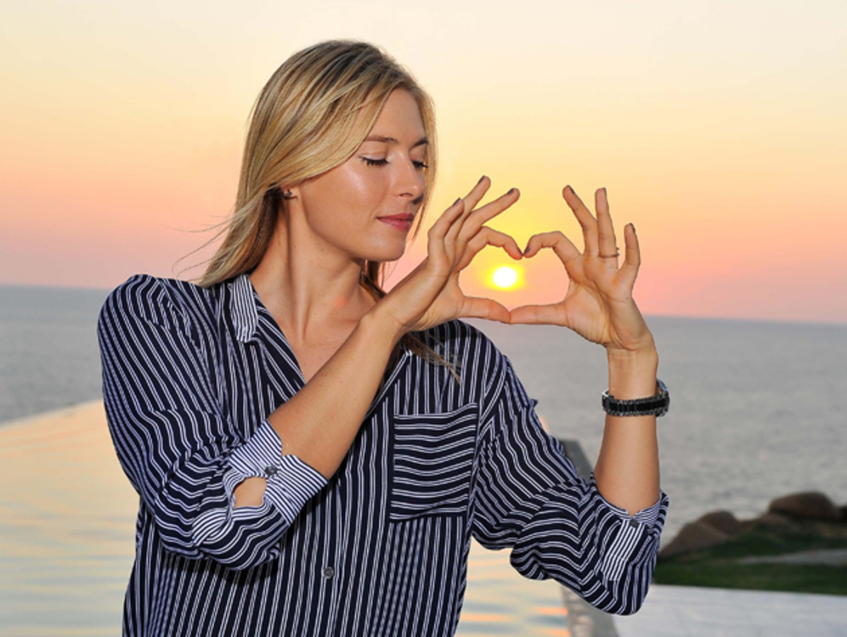 sharapova-acapulco-shoot.jpg