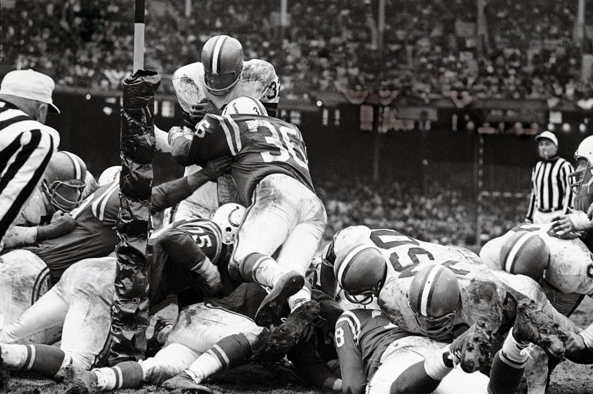 1964-NFL-Championship-Jim-Brown-001365372.jpg