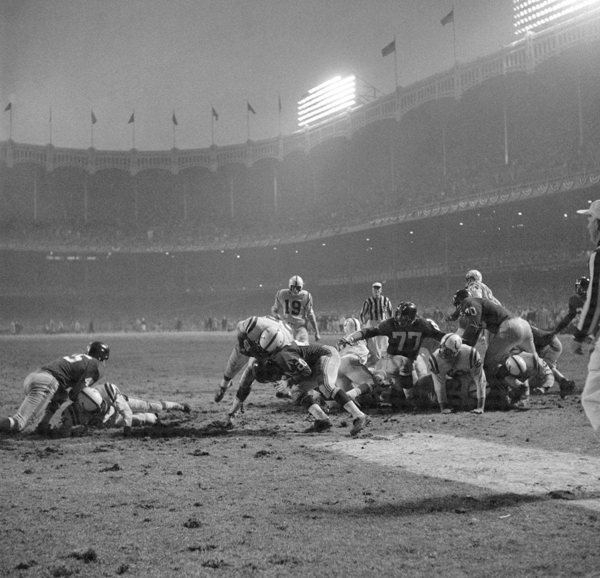 1958-NFL-Championship-Alan-Ameche-01068344.jpg