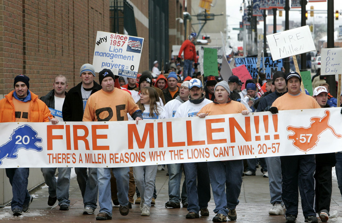 """The """"Millen Man March"""" in '05 was one of many Turkey Day fan demonstrations against a stagnant Lions team in the '00s."""