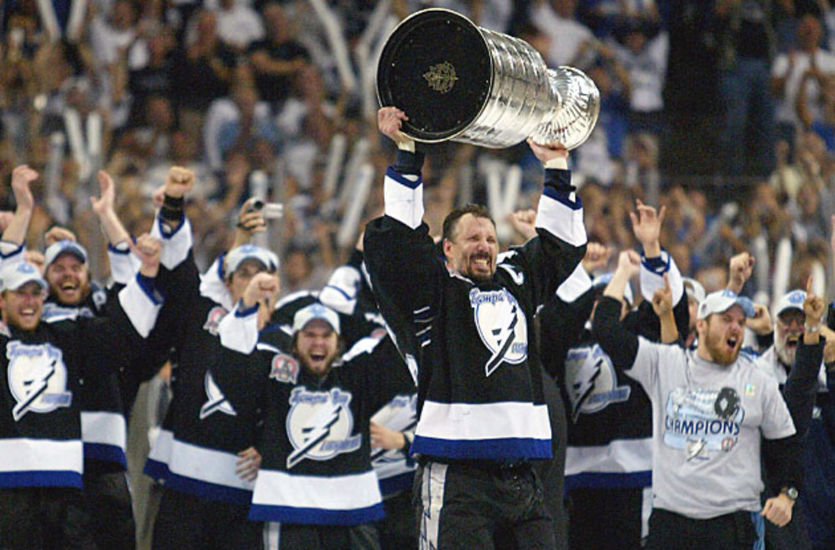 At long last, in his 20th NHL season, Lightning captain Dave Andreychuk got to hoist the Cup.
