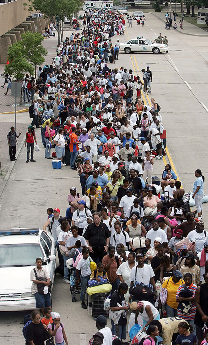 02-2005-residents-line-up-outside-Superdome-GettyImages-53475656.jpg
