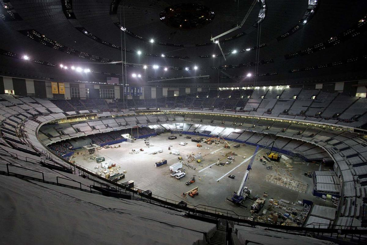 08-Superdome-reconstruction-WELCOME-BACK-SAINTS-FOOTBALL.jpg