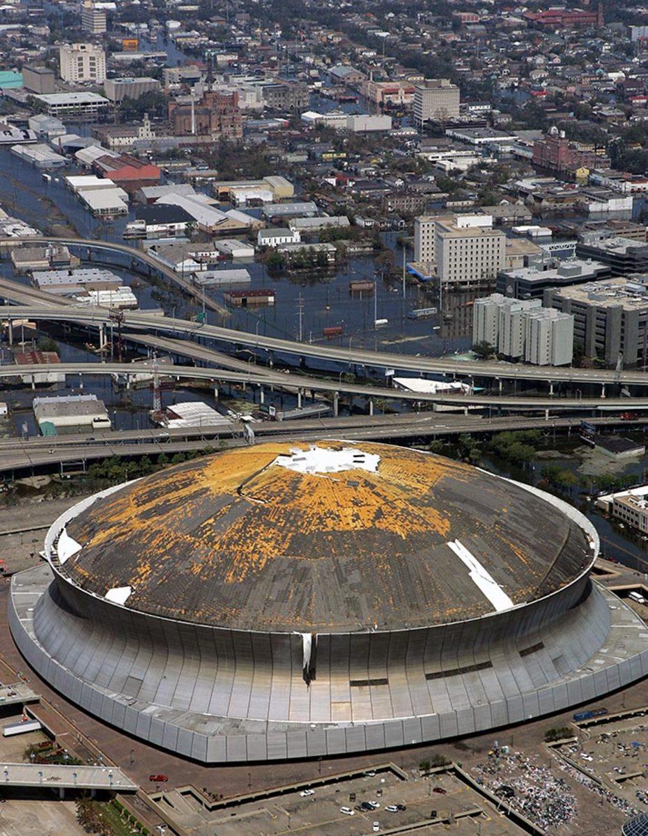 03-Superdome-roof-peeling-SAINTS-HOME-FIELD.jpg