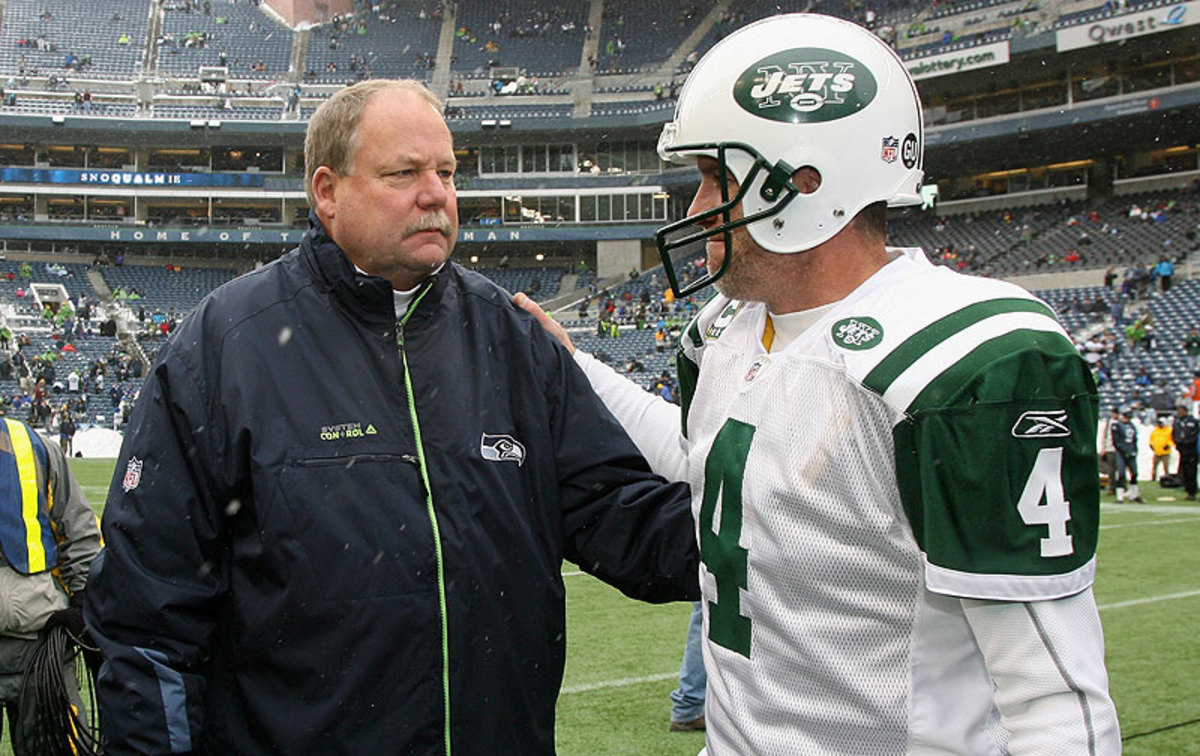 Former Packers Mike Holmgren and Brett Favre, in 2008 (Al Peirera/Getty Images)