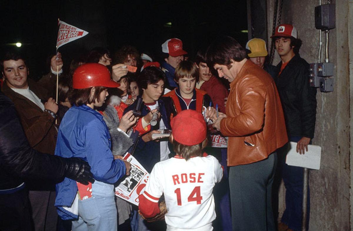 140305113052-1978-pete-rose-fans-001297042-single-image-cut.jpg