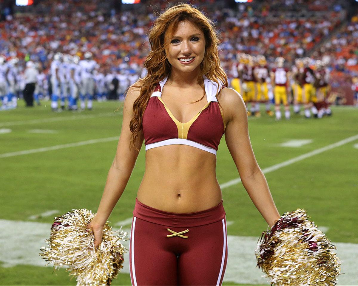 Washington-Redskins-cheerleaders-BEA_4255A.jpg