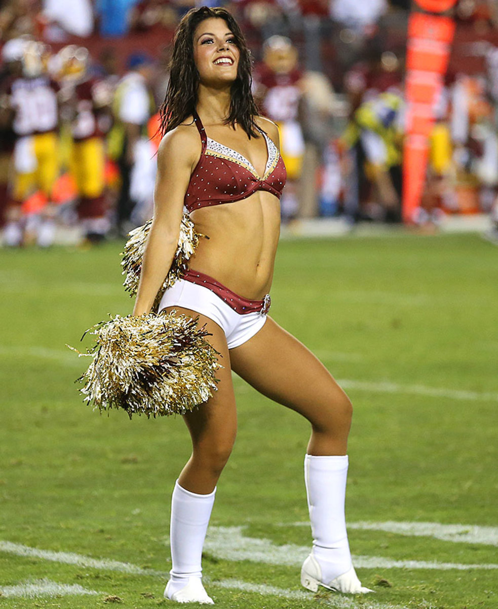 Washington-Redskins-cheerleaders-BEA_6516A.jpg