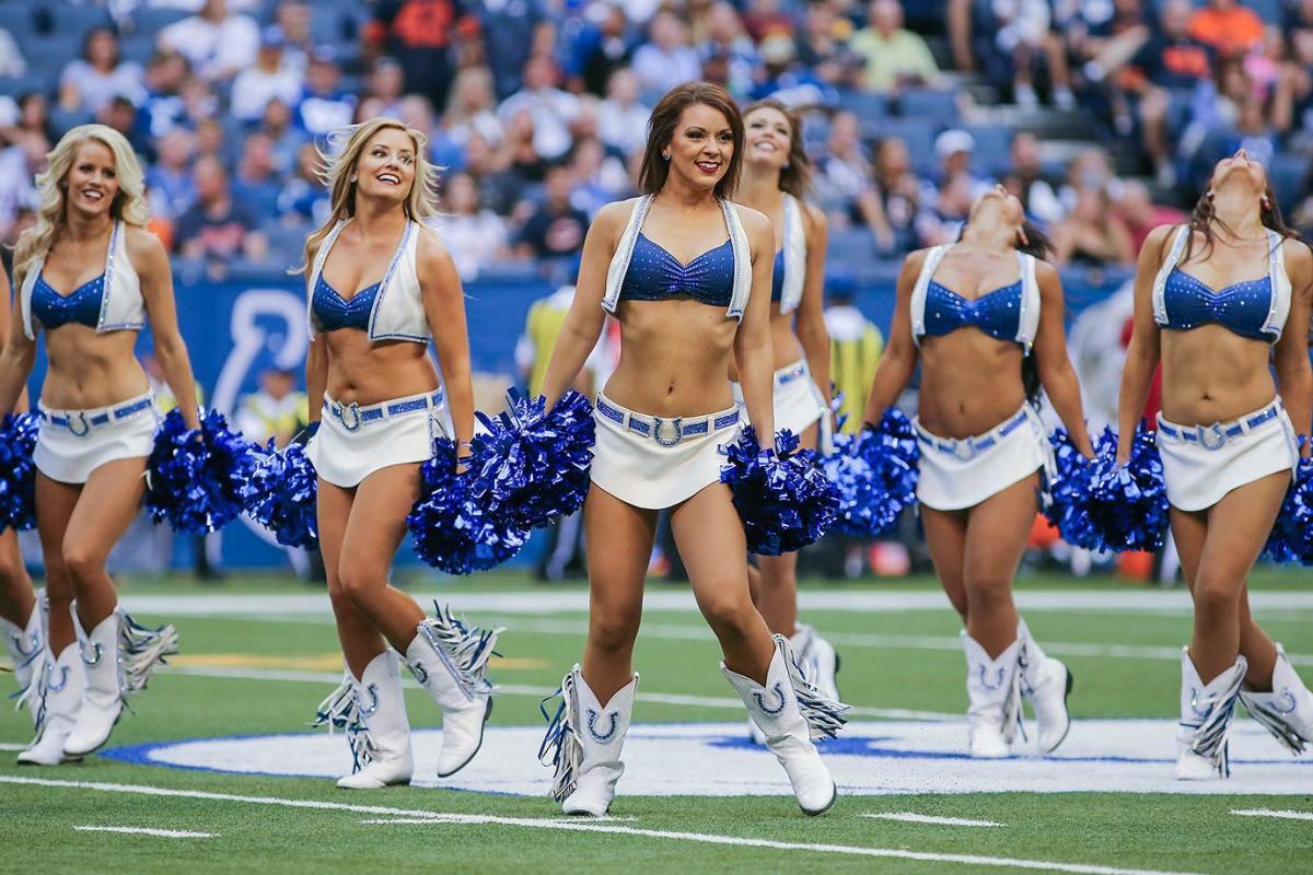 Indianapolis-Colts-cheerleaders-CAD082215_543_Bears_at_Colts.jpg