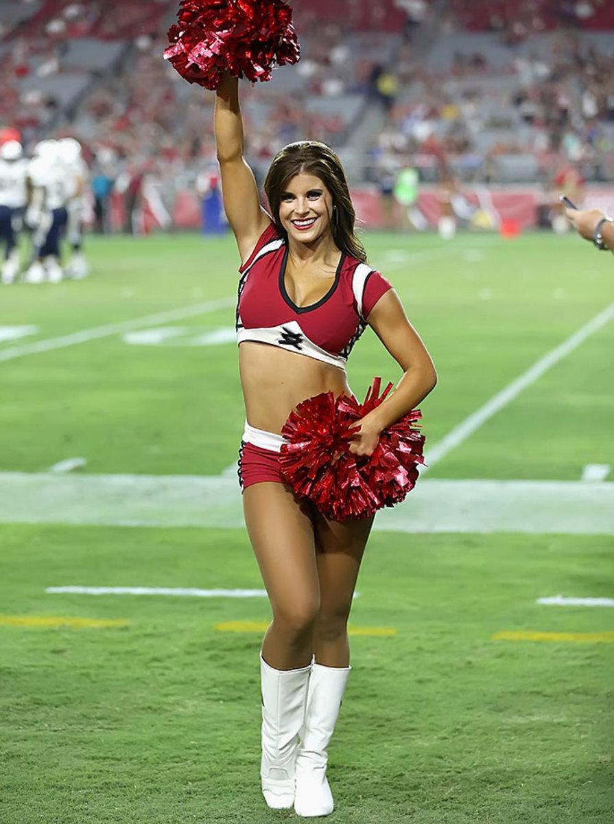 Arizona-Cardinals-cheerleaders-XYP_1635.jpg