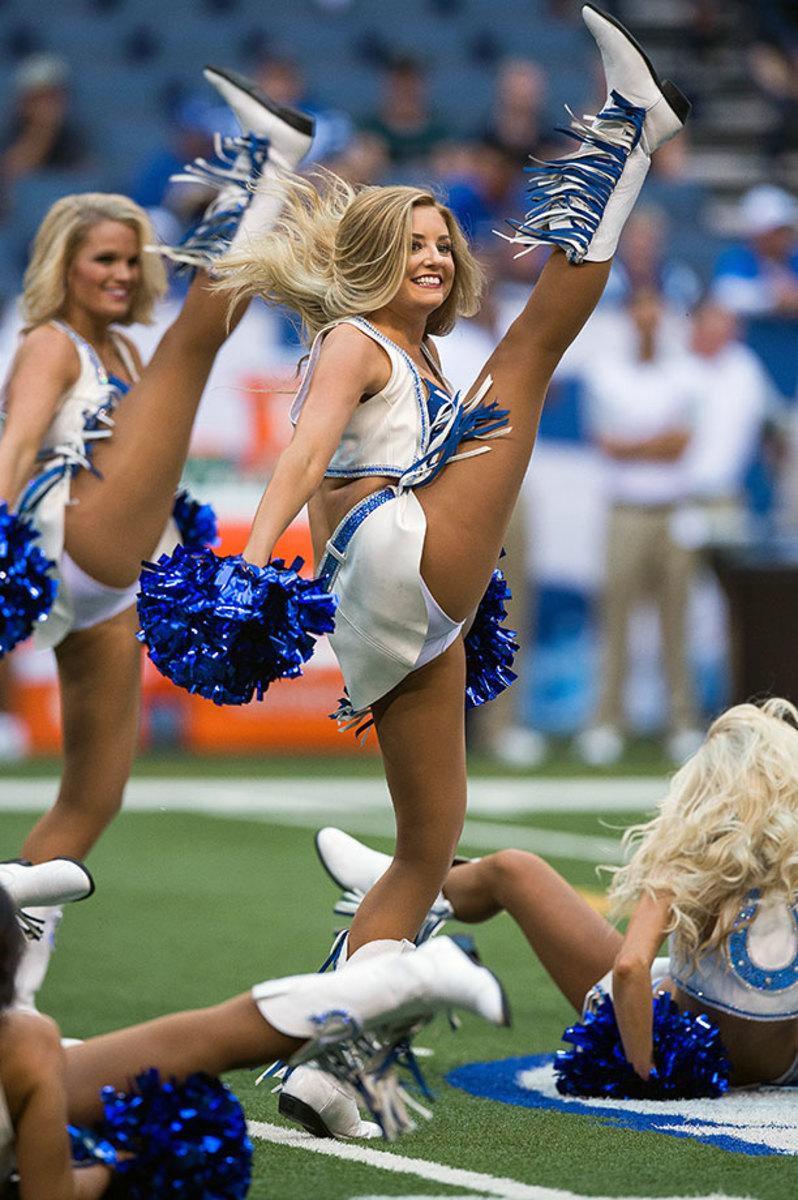 Indianapolis-Colts-cheerleaders-DAL150822_Bears_at_Colts1128.jpg