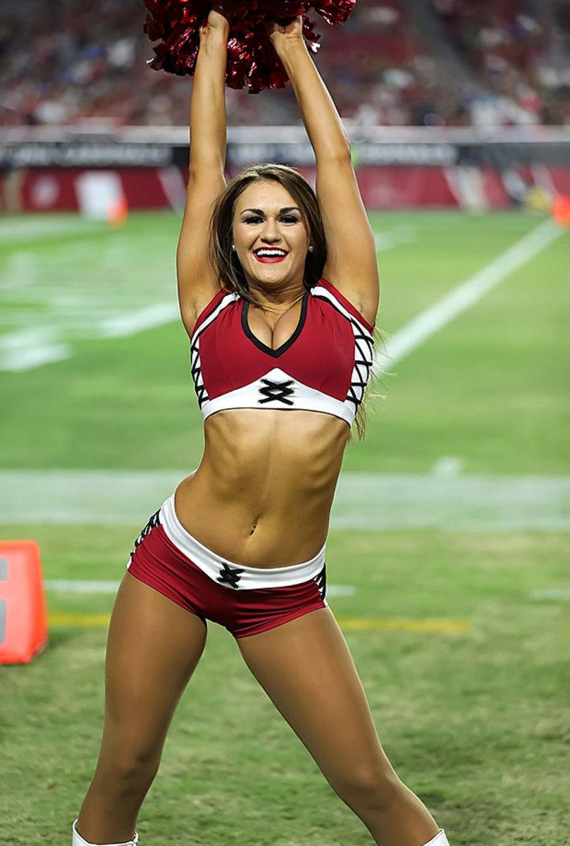 Arizona-Cardinals-cheerleaders-XYP_1554.jpg