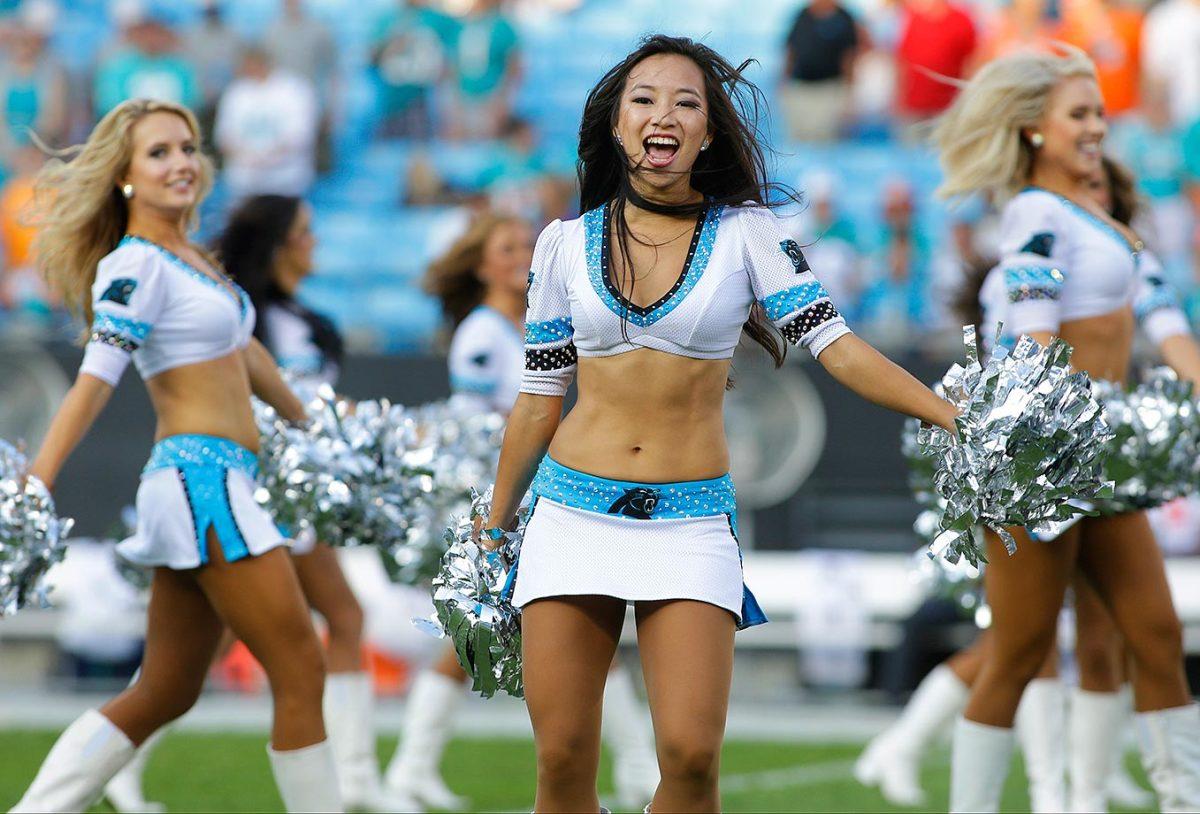Carolina-Panthers-TopCats-cheerleaders-AP_172363254385.jpg