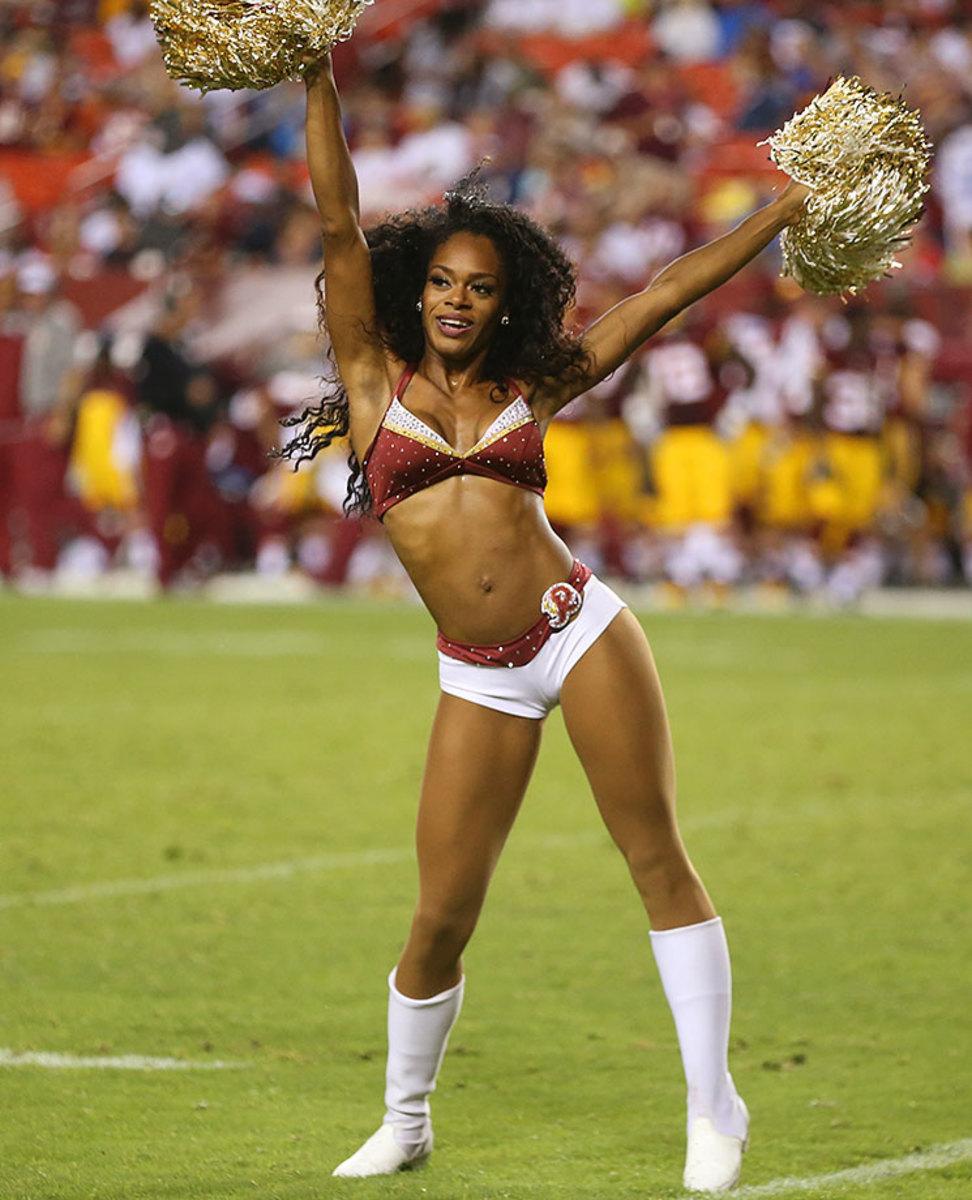 Washington-Redskins-cheerleaders-BEA_5891A.jpg
