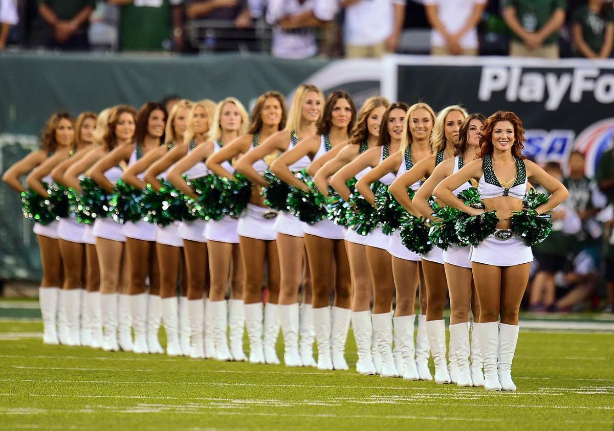 New-York-Jets-Flight-Crew-cheerleaders-X159868_TK1_0899.jpg