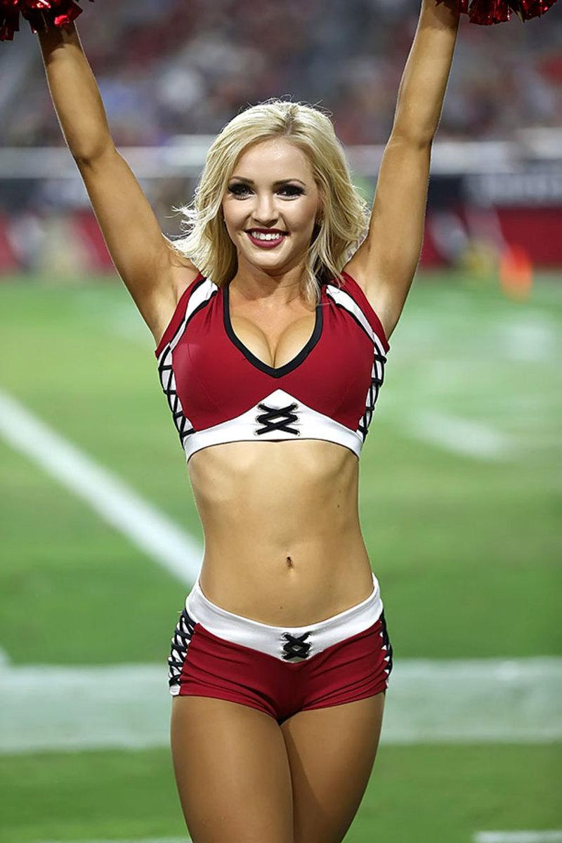 Arizona-Cardinals-cheerleaders-XYP_1626.jpg