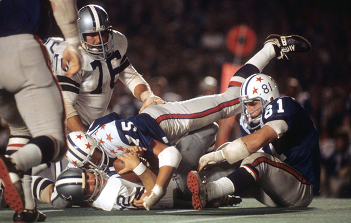 Cowboys QB Roger Staubach gets sacked in the 1972 College All-Star game.