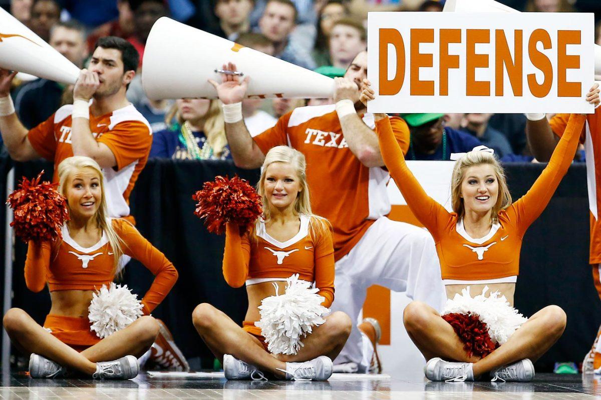 Texas-cheerleaders-466898210.jpg