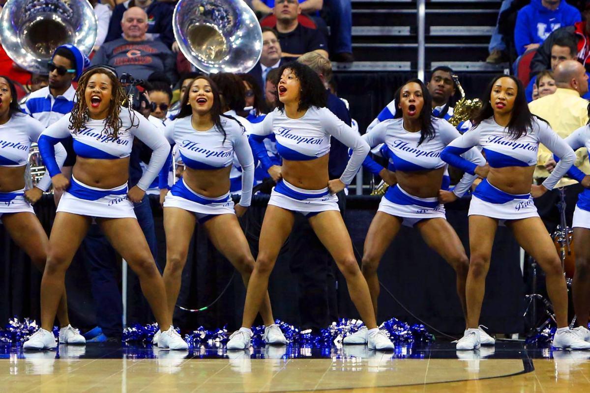 Hampton-cheerleaders-383150319_Kentucky_v_Hampton057.jpg