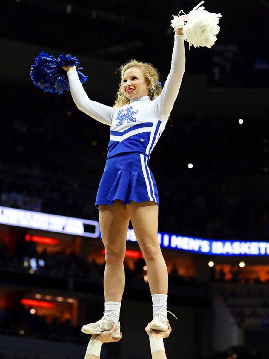 Kentucky-cheerleaders-383150319_Kentucky_v_Hampton003.jpg