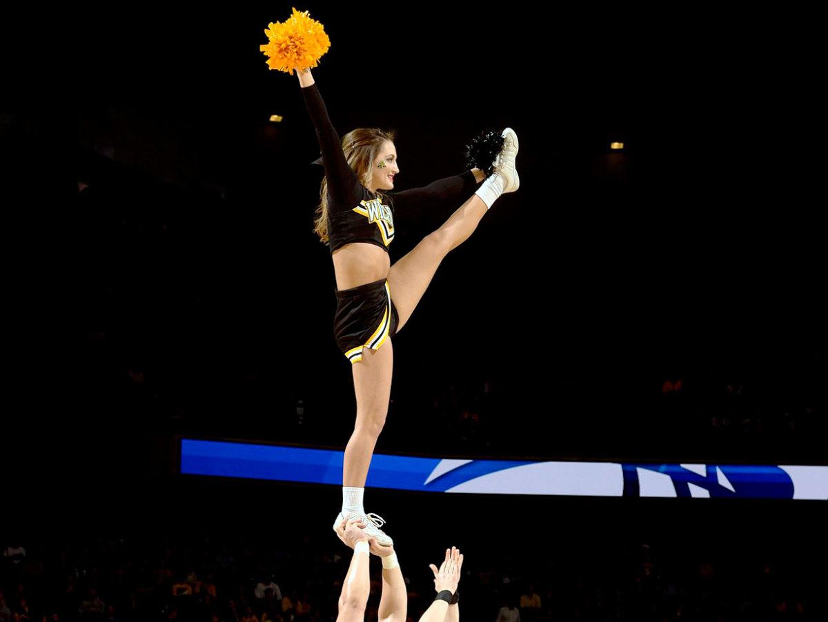 Wichita-State-cheerleaders-X159385_TK1_0158.jpg